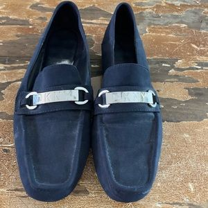 DKNY size 7.5 navy blue loafers